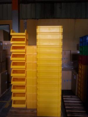 Hộp nhựa đặc B9, sóng nhựa bít, kệ dụng cụ, hộp đựng linh kiện, hộp đựng đồ cơ khí mới