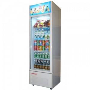 Tủ mát Sanaky VH-218K có nhiệt độ bảo quản từ 0-10 độ C, thích hợp với việc bảo quản đồ uống và trái cây tươi, an toàn, giữ nguyên được vitamin và hương vị. Tủ sẽ hoạt động bền bỉ, hiệu quả và có độ an toàn cao nhờ máy nén của tủ mát Sanaky được sản xuất trên dây chuyền công nghệ hiện đại, tân tiến. Hệ thống dàn lạnh của tủ mát được làm bằng nhôm cao cấp có khả năng làm lạnh nhanh chóng và hiệu quả. Hơn nữa, lòng trong tủ được làm bằng nhựa cao cấp không gây độc hại, giữ lạnh tốt, không gỉ và có độ bền cao, thuận tiện cho việc vệ sinh, lau chùi.