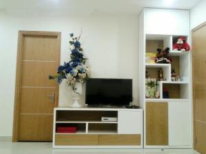 Cho Thuê Căn Hộ Him Lam Riverside 2 phòng ngủ, Nội Thất Đầy Đủ, giá 14 triệu/tháng