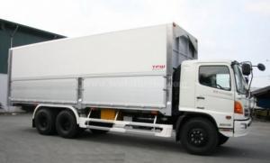 Bán xe Hino thùng kín 4.3 tấn nhập khẩu Nhật Bản – mới 100%.