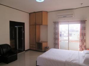 Căn hộ đường Nguyễn Du, gần sông Hàn, full nội thất.