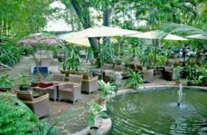 Tuyển nhân viên nữ phục vụ bưng bê cafe sân vườn nhà hàng 8 triệu /tháng