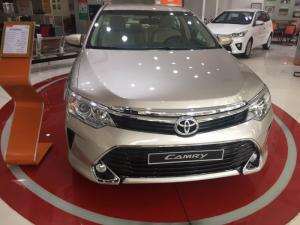 Toyota camry 2.0E 2017 mới
