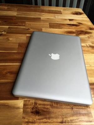 Laptop Macbook pro MC724, i7 2.7G, 4G, 500G, siêu khủng, giá rẻ