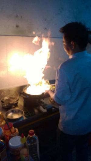 Dịch Vụ Nấu Ăn Tại Đà Nẵng ! Chuyên ; Nhận Nấu Tiệc Tại Nhà
