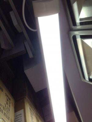Đèn tuýp bảng dẹp 36w