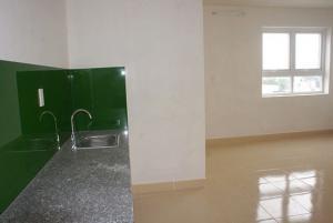 Kẹt vốn cần bán gấp c/h 8x Đầm Sen chỉ 950tr/căn ( bao VAT ), ở liền giao nhà hoàn thiện.