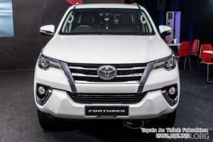 Nhận Đặt Hàng Mua Toyota Fortuner 2017 Máy Dầu Mẫu Mới Nhập Khẩu Màu Trắng Ngọc Trai Giao Tháng 11/2017 Tại HCM