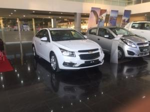 Bán xe Cruze 2017 giá rẻ nhất, giảm 40 triệu...