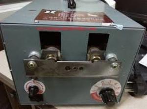 Máy cắt mỏ gà tự động, giá rẻ, giao hàng miễn phí toán quốc