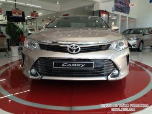 Khuyến Mãi Toyota Camry 2.5Q 2018 Màu Nâu Vàng, Mua Trả Góp Chỉ Cần 300Tr. Vay 8 năm. Giao Ngay