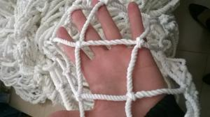 Lưới dù trắng ô 5cm