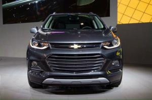 Xe 5 chỗ nhập khẩu Chevrolet Trax 2017. Giam...