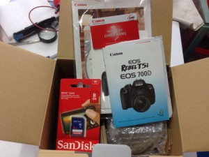 Canon 700D mới 100% lens kit 18-55 IS STM