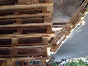 Gỗ đóng bàn ghế quầy bar, pallet 1300x1100 đà nẵng