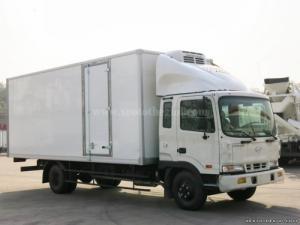 Xe tải Hyundai HD120 thùng đông lạnh, tải trọng 5.000 kg