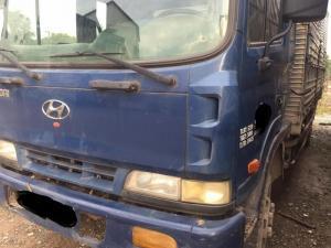 Hyundai HD 120 thùng kín tải 5t