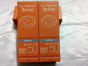 Kem chống nắng Avene Tres Haute Protection Emulsion SPF50 +