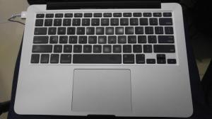 MacBook Pro (Retina, 13-inch, Mid 2014) – 128GB mới leng keng.