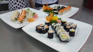 Học nấu món ăn Nhật Bản