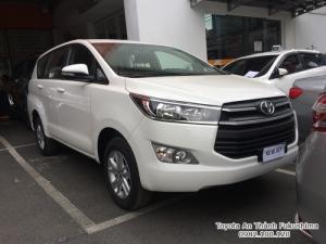 Toyota Innova 2018 số tự động màu đồng ánh kim mới đã có mặt tại Đại lý Toyota 100% vốn Nhật - Toyota An Thành Fukushima, gọi đến 0982 100 120 để đặt lịch xem xe, lái thử xe Innova