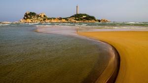 Condotel Resort Biển Đá Vàng Phan Thiết - Nơi...