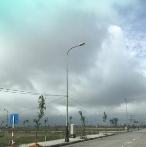 Đất Phú Vang, DT 5*21, sổ đỏ sang tên, 650tr/nền.
