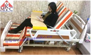 Sale 11% Giường bệnh nhân điều khiển bằng điện kết hợp tay quay KT-GB09, Model 2016 tay hộp đẹp