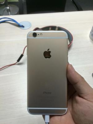 Iphone 6 vàng 64G