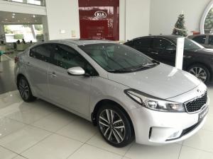 Kia Hải Phòng bán Kia Cerato 2.0, màu bạc, sẵn xe giao ngay, trả góp tới 85% trong 7 năm