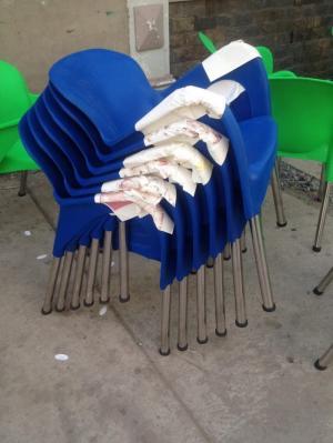 Thanh lí ghế nhựa đúc giá rẻ