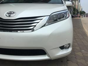 Toyota Sienna Limited AWD màu trắng nhập Mỹ 2016 xe giao ngay