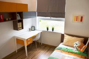 Phòng ngủ 9 view lót ván sàn