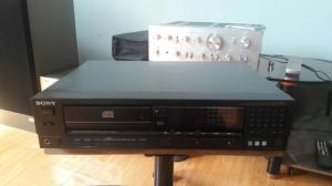 CD Sony 333ESD