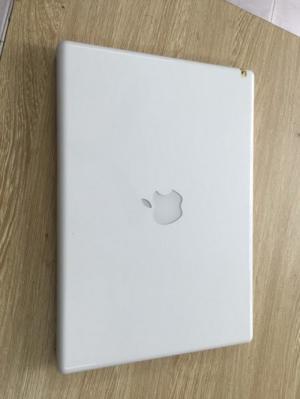 Macbook 13inch MB402LL/A