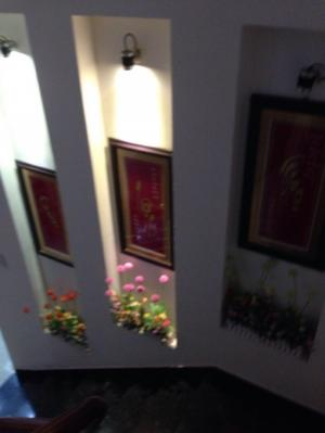 Cho thuê nhà biệt thự 375m2, đường Nguyễn Thiện Thuật, nhà mới, đẹp, gái rẻ