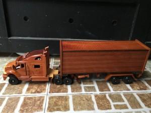 Mỹ nghệ gỗ (mô hình xe Container)