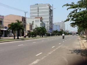 Bán đất 2 mặt tiền đường Xuân Thủy, Quận Cẩm Lệ, TP Đà Nẵng; gần trung tâm hội chợ triễn lãm