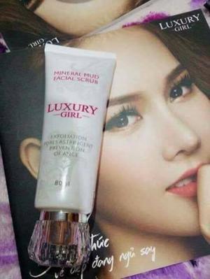 Sữa_rửa_mặt_tảo_khoáng Luxury girl