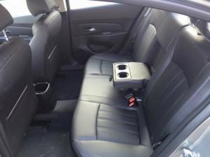 Chevrolet cruze 1.6ltz, xe có sẵn đủ màu, hỗ trợ vay 100%  giá trị xe