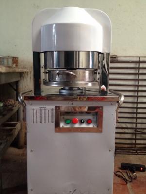 máy chia bột, máy chia bột làm bánh mỳ, máy chia bột tự động, máy chia bột 36 phần