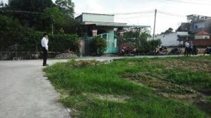 Bán đất ngã 3 gốc gòn Tân Phước Khánh nền đẹp, giá rẻ 3,3tr/m2. Xây nhà cực tuyệt vời.