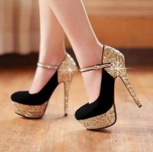 Giày cao gót bít mũi quai kim tuyến đỏ
