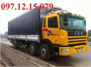 xe tải 3 chân thùng mui phủ bạt màu vàng xe jac đầu nhỏ tải trọng 10.1 tấn thùng mui phủ
