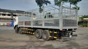 Tải thùng Kamaz 4 giò, 17,9 tấn
