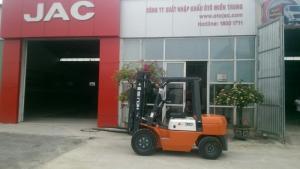 Xe nâng diesel heli cpcd30- 3 tấn