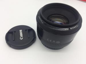 Cần  bán 1 em Canon EOS 5D& Lens 50f.18