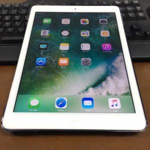 iPad air 16gb trắng 3g wifi đẹp 99%