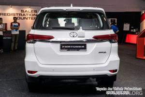 Đặt Mua Toyota Fortuner 2.4G 2018 Máy Dầu Nhập Khẩu Màu Trắng Ngọc Trai Giao Tháng 1/2018 Tại HCM
