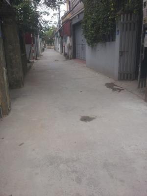 Bánh nhanh mảnh đất DT 38m2, kv TB, ngõ trước nhà 4m